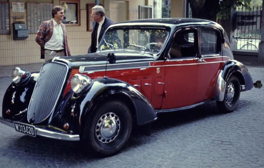 1939 Steyr220L