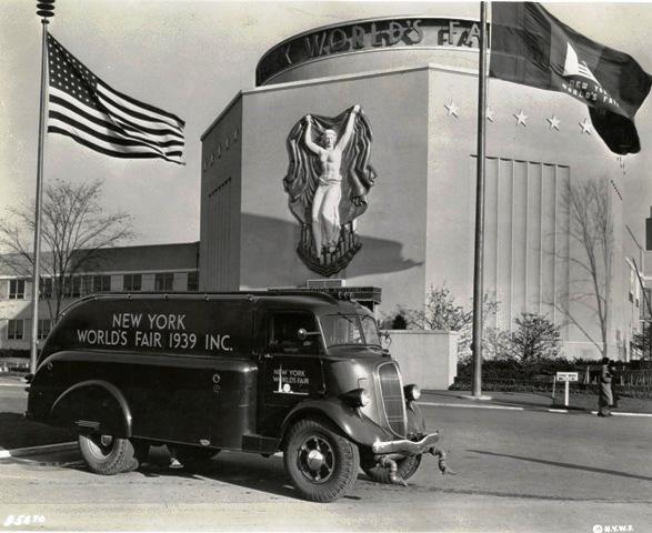 1939 Studebaker Cab-forward truck