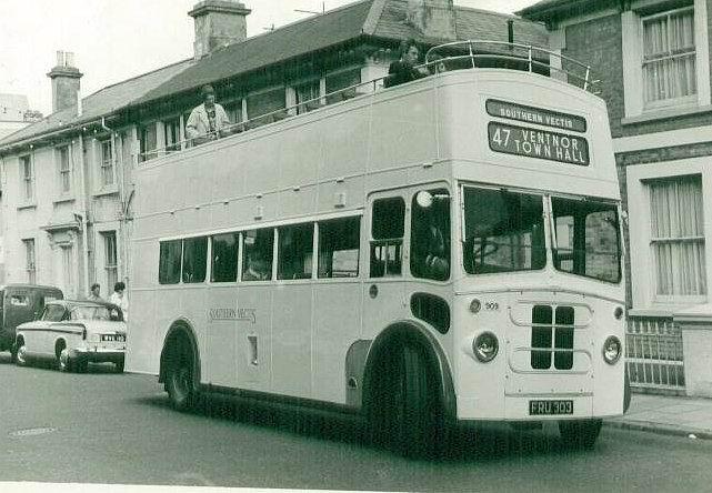 1945 Bristol K6A - Stranchan.