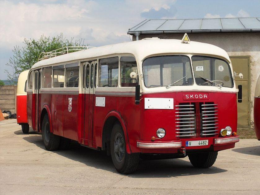 1947-58 Škoda 706 RO