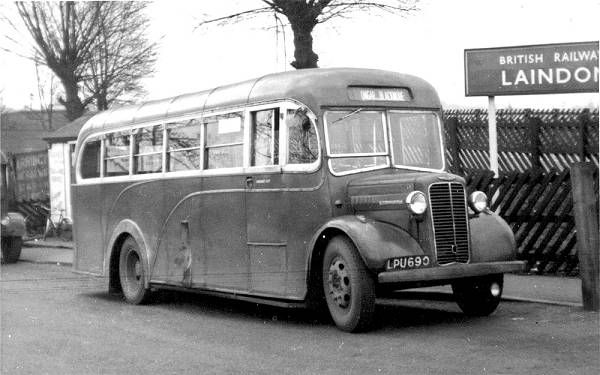 1947 City Coach Commers, C7, LPU690, with Heaver body