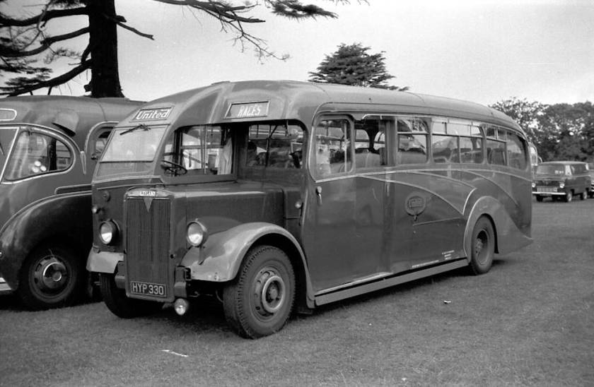 1947 Leyland PS1-1s with Strachans C33F bodi