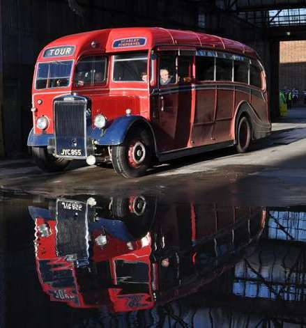 1947 Leyland Tiger Harrington C33F JYC-855