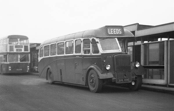 1947 Leyland Tiger PS-1 with Barnaby B35F body