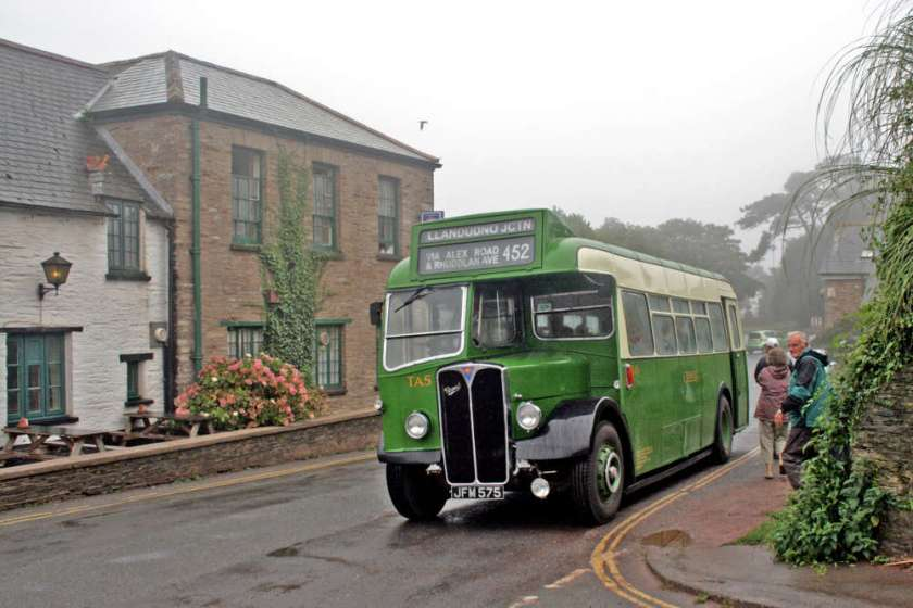 1948 AEC Regal III-Strachan TA5