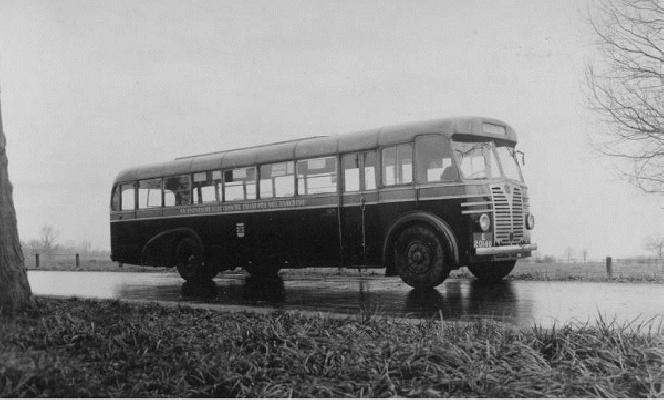 1948 TET bus 75 Guy-Arab met carrosserie Saunders (Engeland).