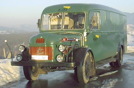1949 steyr380PolicebusVienna88thDieselSteyrtruck_GebhardFlatz