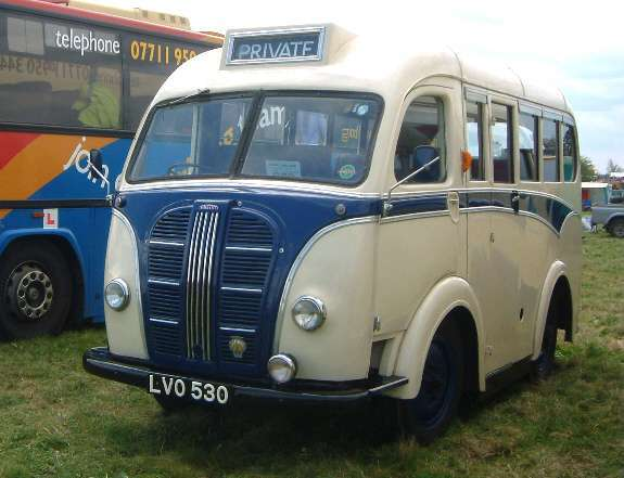 1950 Austin K8, with a 12-seater Kenex body