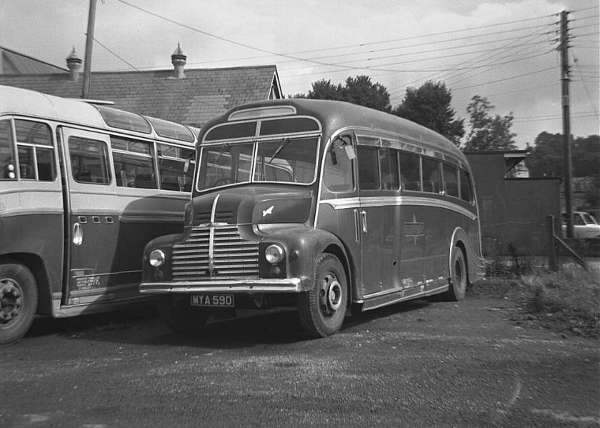 1950 Leyland Comet CPP1 with a Harrington dorsal fin C29F body
