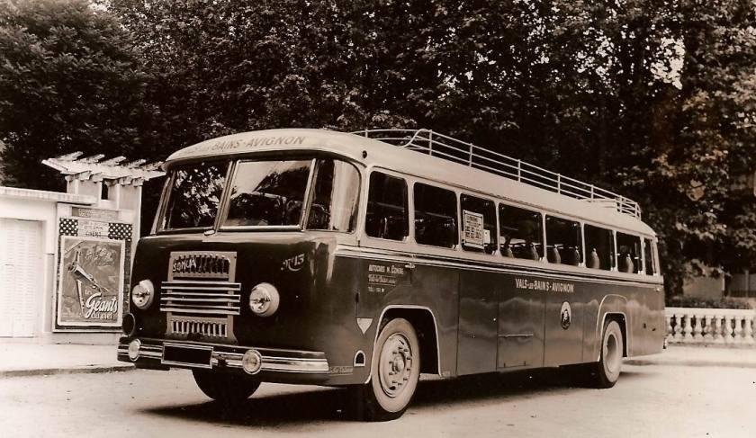 1951 Autocar Somua à moteur diesel 6 cyl.de 1951