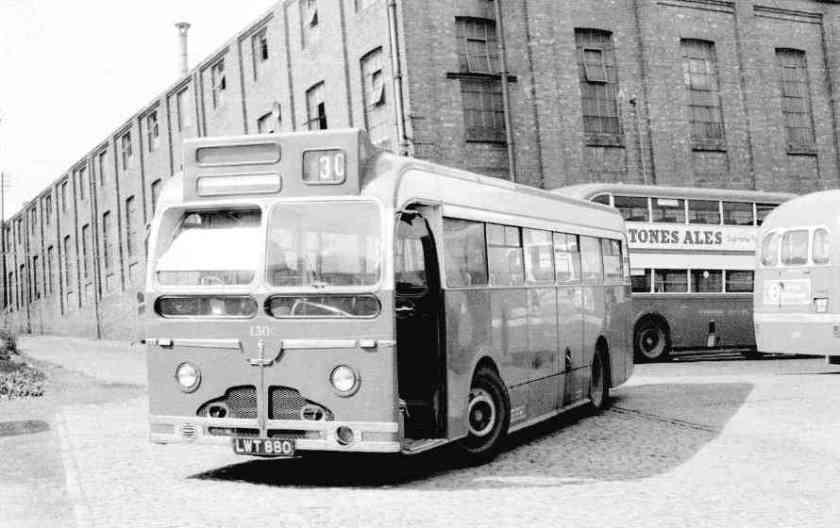 1951 Sentinel rechthoekige ramen