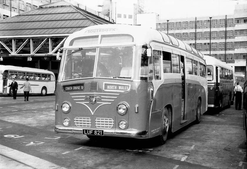 1952 Harrington C26C bodied Leyland PSU1-15 Royal Tiger