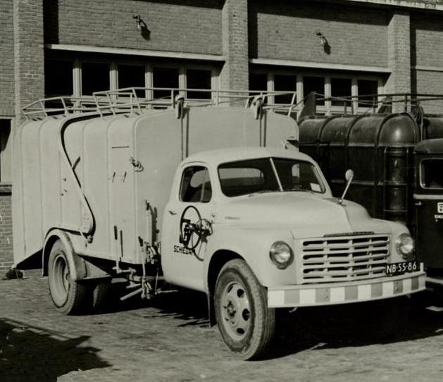1952 Studebaker R-Series NB-55-86 Schiedam