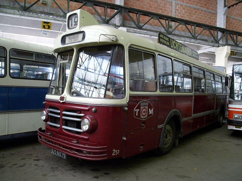 1954 Floirat Z10 des transports en commun de Mulhouse, actuellement au musée de l'AMTUIR.