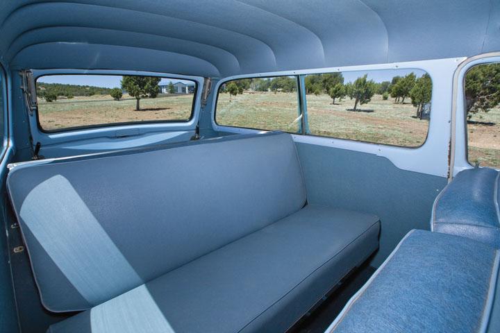 1954 Studebaker Commander Deluxe Conestoga b