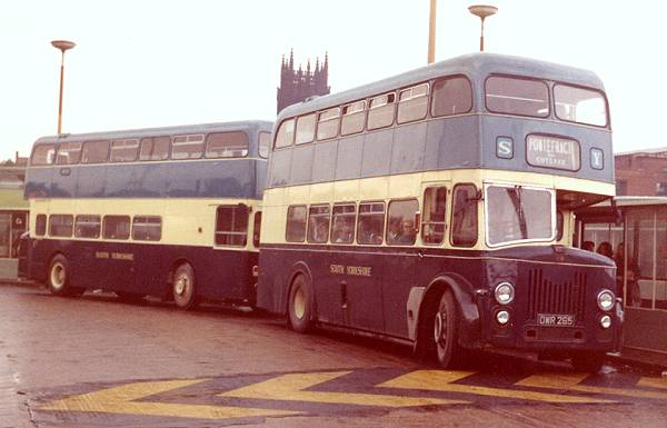 1955 OWR265, a Leyland PD2-20 with a Bond L27-26RD body