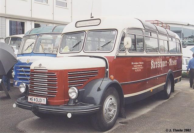 1955 Steyr 380 qu Reisebus