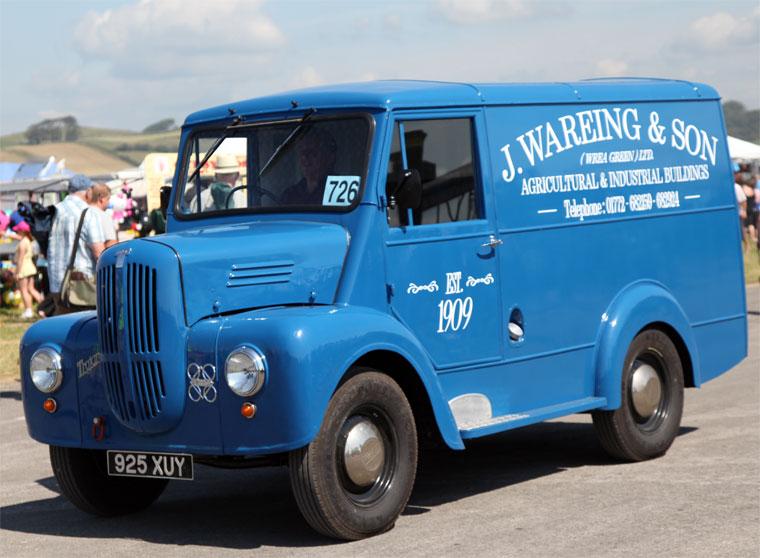 1956 Trojan type DT 925 XUY