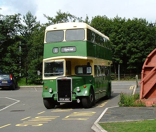 1958 Leyland PD2-40 with Longwell Green H30-28R body a