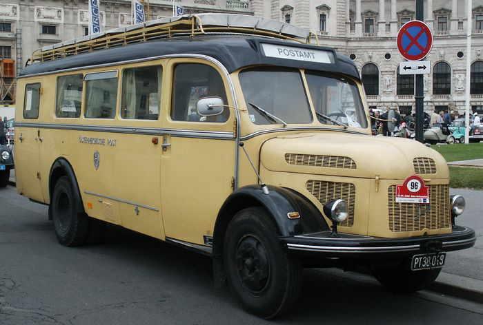 1959 Steyr 380 Postamt-bus