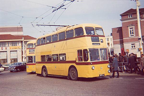 1962 Sunbeam MF2B with Weymann H65D body a