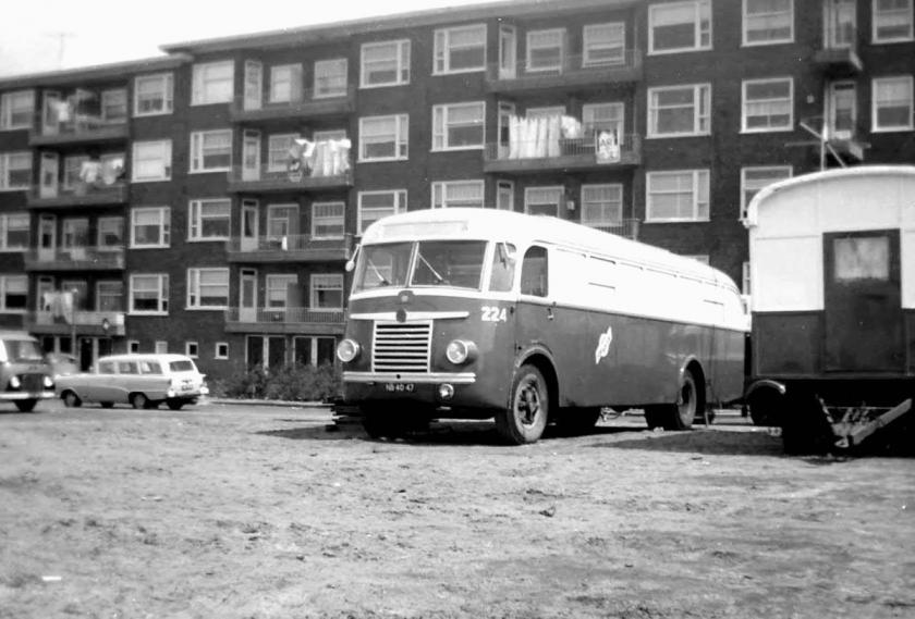 1964 Bus 224, Saurer-Seitz na verkoop in gebruik als circuswagen