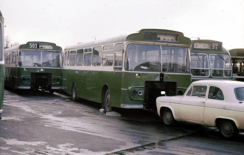 1967 Bedford VAM14 with Strachan B33D+25 bodi