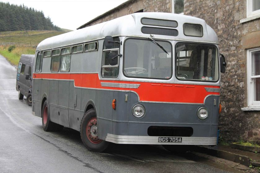 1967 Strachan bodied AEC Reliance ex Aldershot & District 273 MOR604