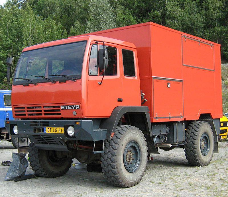 1980 Steyr Red