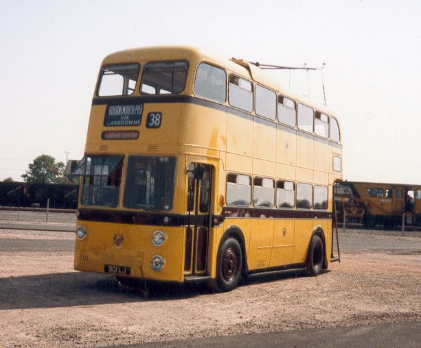 301LJ (301) Sunbeam MF2B  Weymann