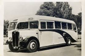 AEC 9.6ltr+crashbox in Bronte Bus Co's Regal Mk 111-Barnaby C33F,
