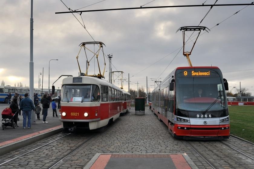 Škoda 15T 9247