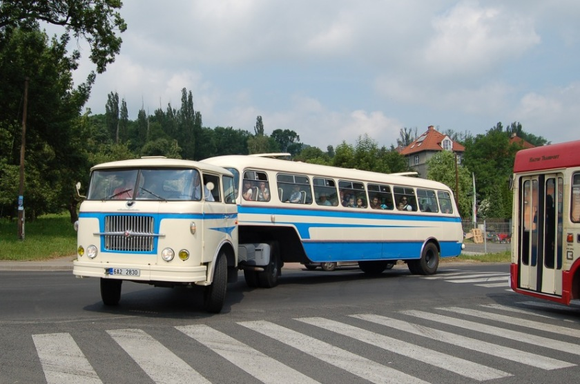 Škoda 706 RT TN (6A2 2830) a návěsu NO-80