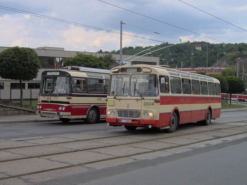 Škoda T 11 Bus Karosa ŠM 11 Brno