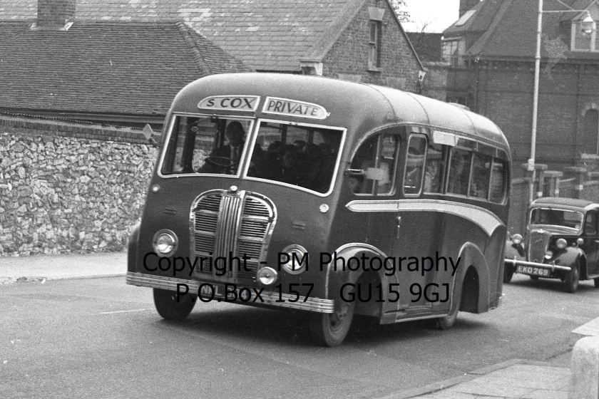 Cox, Maidstone NKL 904 Austin K4CWA - Kenex