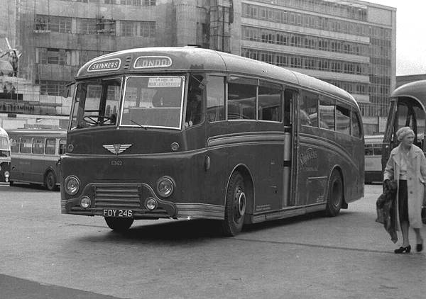 Gurney Nutting C37C bodied AEC Regal IV