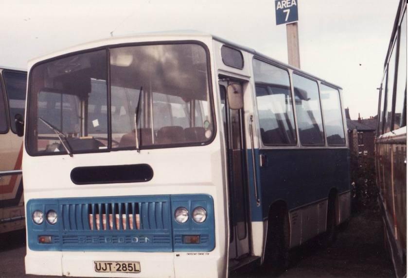 Seddon Midi Taxi