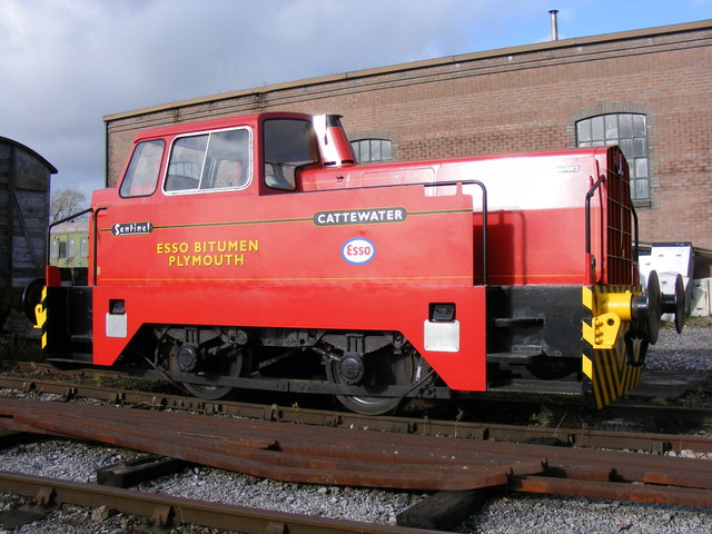 Sentinel Restored Diesel Locomotive - geograph.org.uk - 1059726