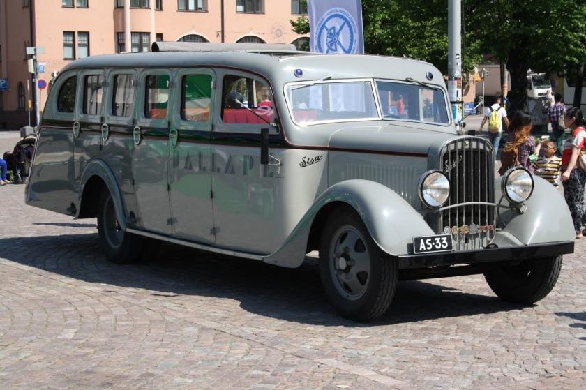 SISU S-322D Limousine