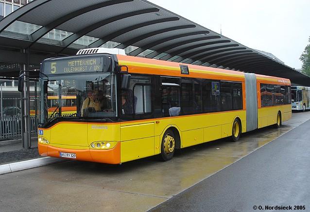 Solaris-Urbino-18-Gelenkbus-KEVAG-329-orange-gelb