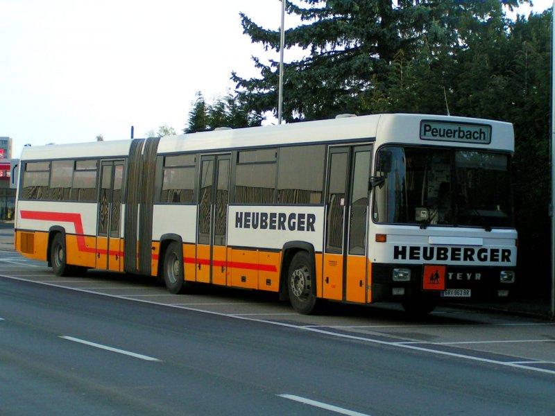 STEYR Gelenkbus für Schülertransport