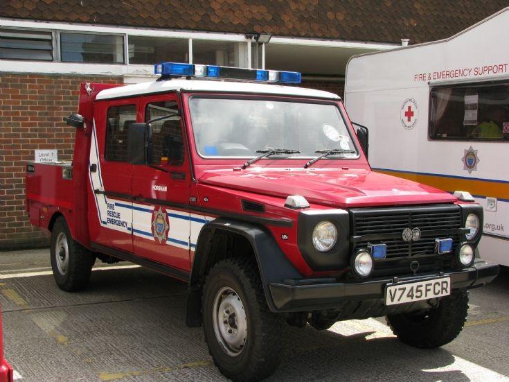 steyr-puch-fire-engine-01