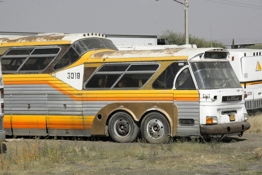 Sultana 4-Axle Bus