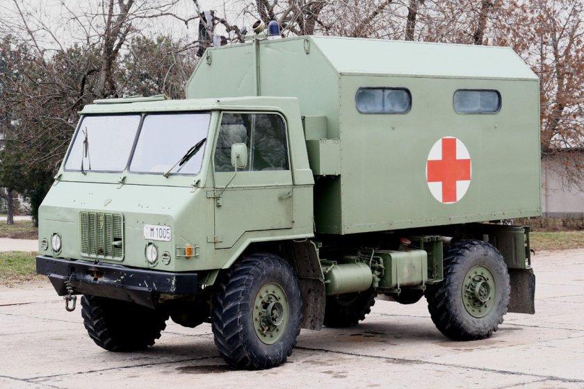 tam-110-ambulance-truck-01