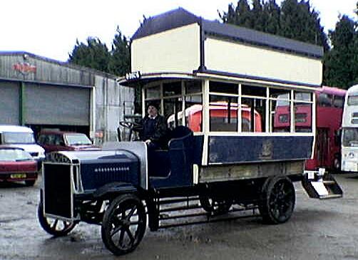 1913 Chassis Tilling-Stevens TTA2 Engine Tilling-Stevens petrol Transmission Electric Traction Motor Body Thomas Tilling 34 seatsvo9926
