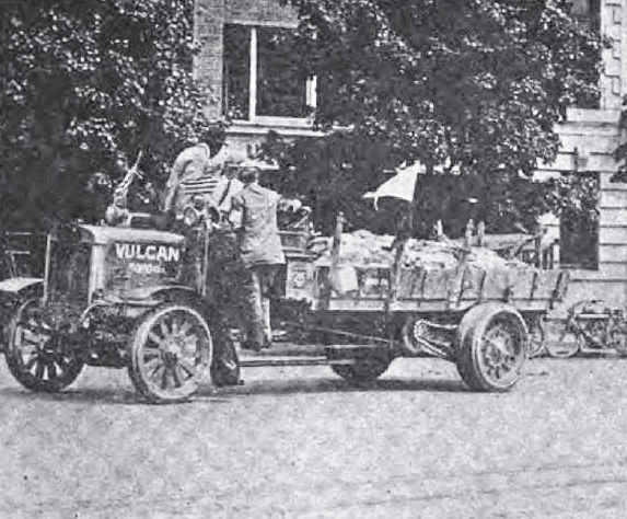 1913 Vulcan truck, from The Automobile, May 15