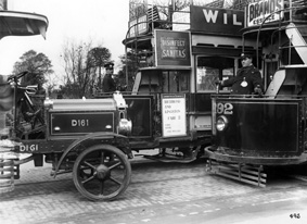 1914 Craftsmen at work on an StevensTillingL bus, Chiswick Works