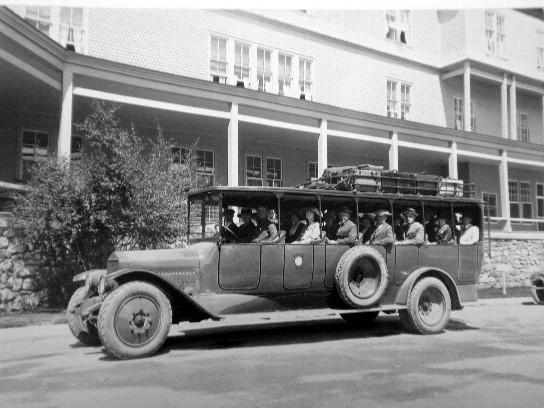 1923 White Model 50 - 25 Passenger