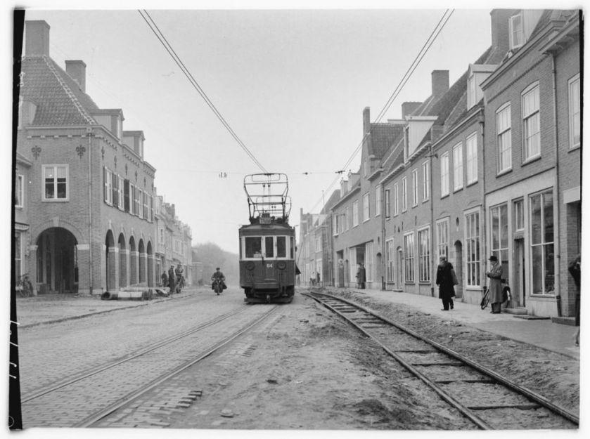 1924 Motorwagen 84 van de tramlijn Amersfoort - Arnhem