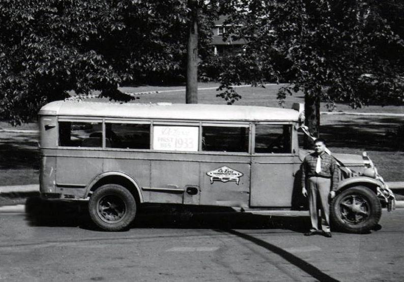 1928 white coache mod